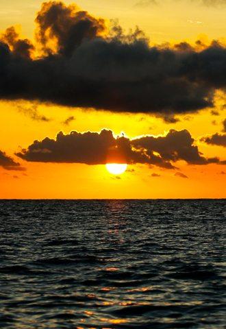 scène de coucher de soleil magnifique